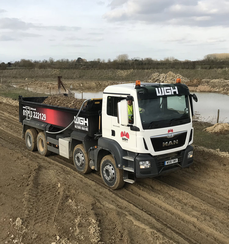 TIPPER HIRE AND BULKER HIRE